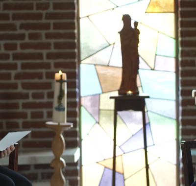 TV serie Mensenwerk: Zuster Agnes Vos bedankt de zorg