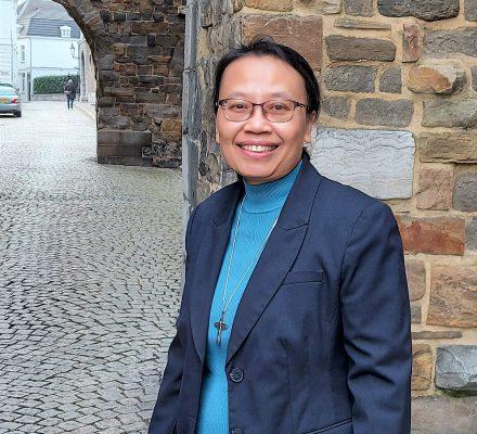 zr Lisbeth Ratwasih, zusters Onder de Bogen