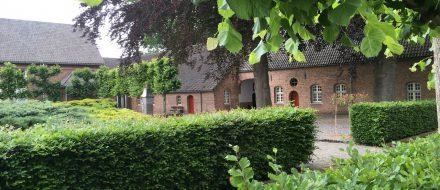 Broeders van Huijbergen, tuin